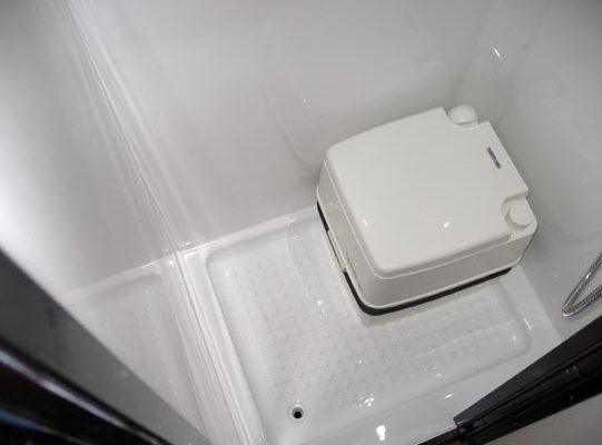 Ozcape Slide-On camper Prima25 shower with Porta Potti toilet