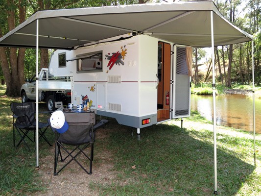 Ozcape Campers Slide-On with large wing awning