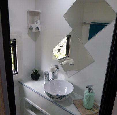 Ozcape Campers Slide-On vanity